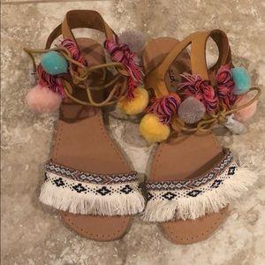 Qupid tassel Pom Pom sandals fringe boho size 6